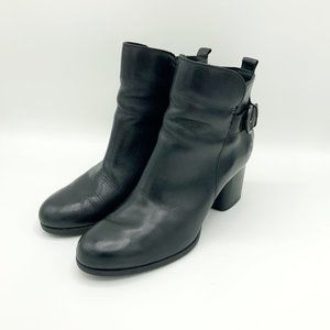 Born Black Zip Up Ankle Boots Women 9M VGC D71703